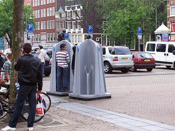 Photo via: Jane Dutton Utrecht (http://janeduttonutrecht.wordpress.com/2012/01/14/a-dangerous-method/)