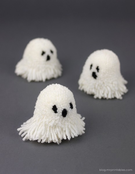 mrprintables-pompom-ghosts